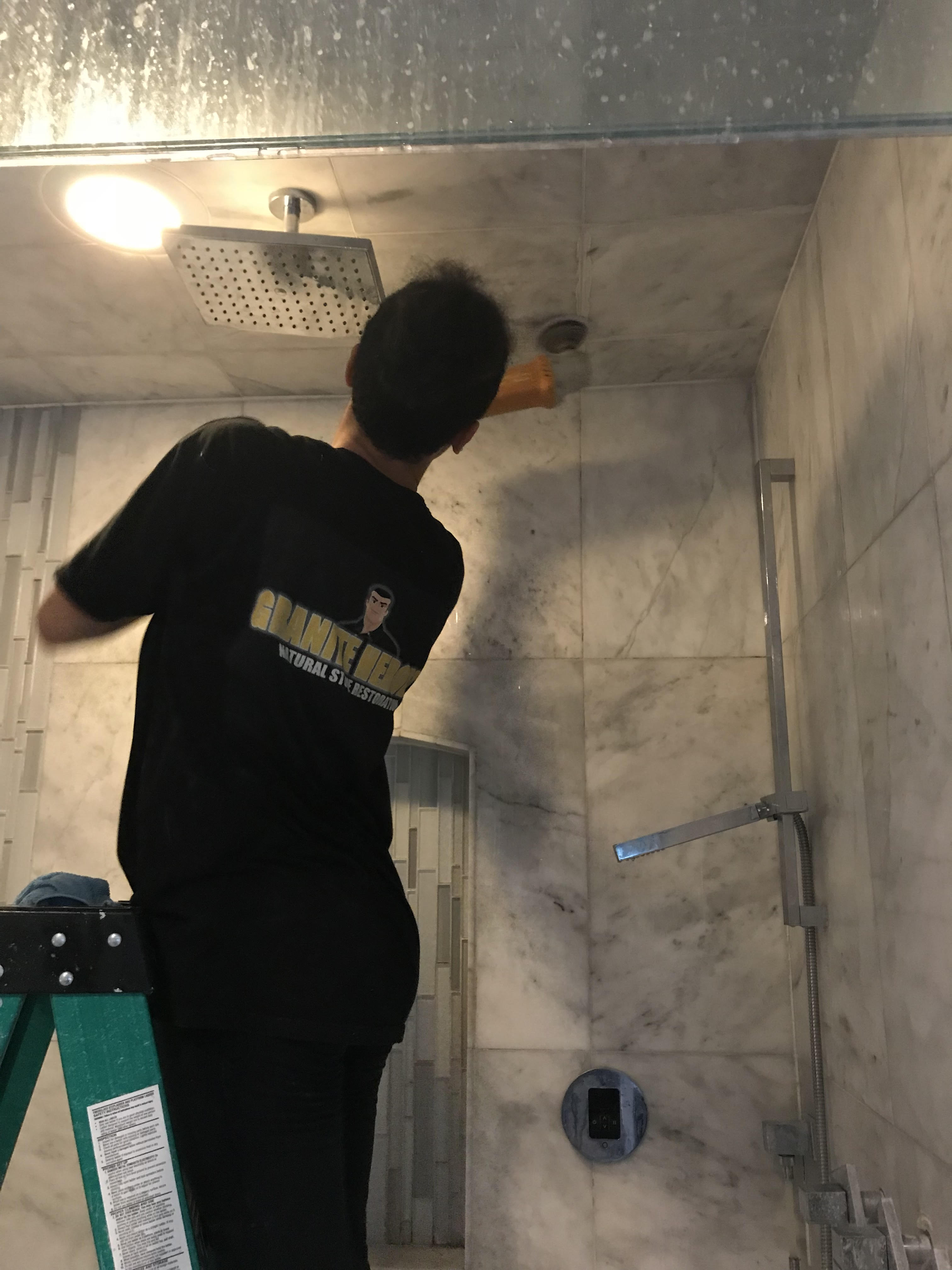 Lincoln Park Shower Cleaning Service
