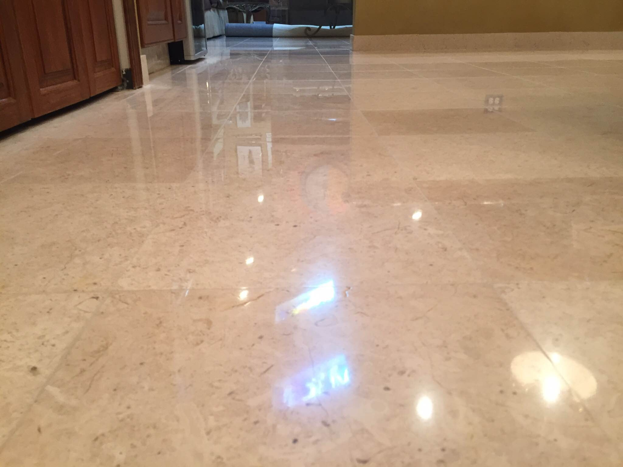 Highland Park Travertine Floor Polishing